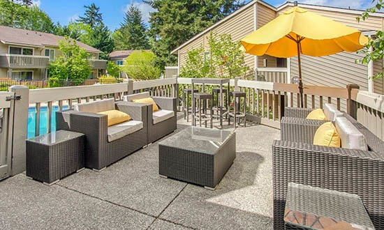 Beautiful patio and seating at apartments in Kirkland