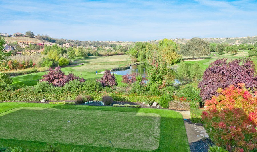 Beautiful neighboring golf course at the senior living facility in Rocklin