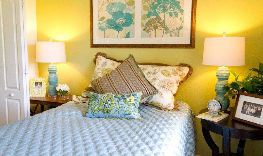 Senior living in Rocklin has modern bed rooms