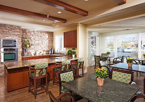 The Wellington Senior living in Salt Lake City has a modern kitchen area