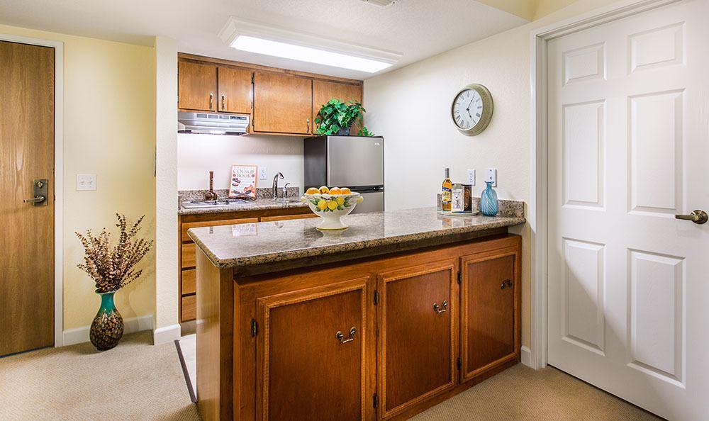 Senior living in Santa Rosa has modern apartments