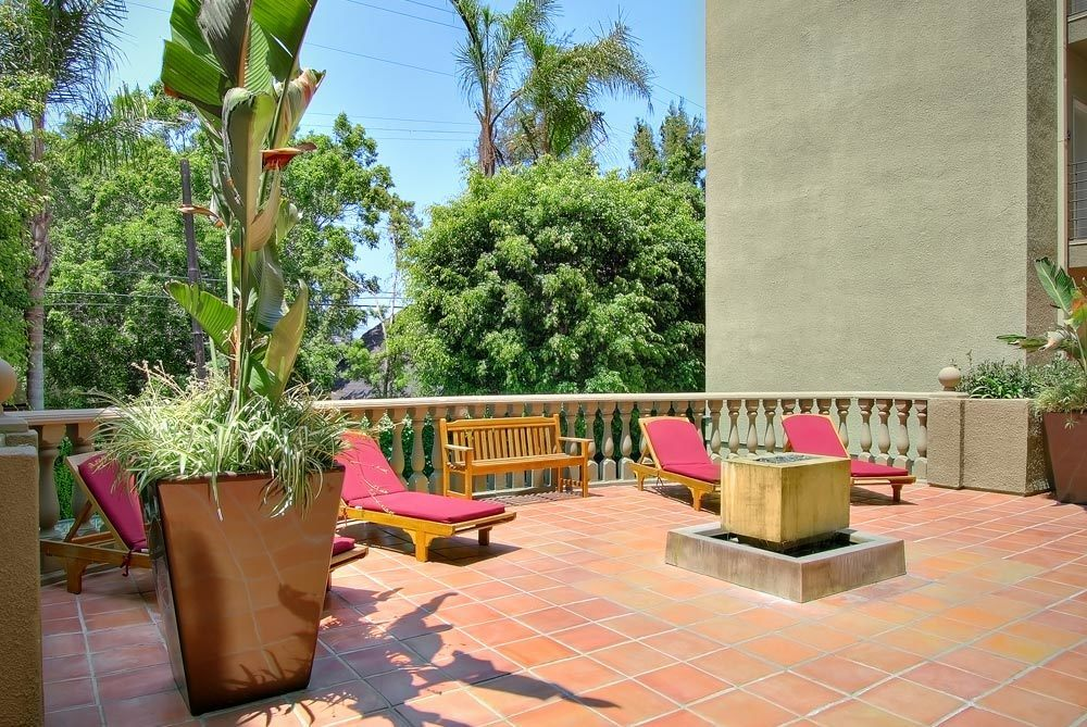 Poolside patio at apartments in Los Angeles
