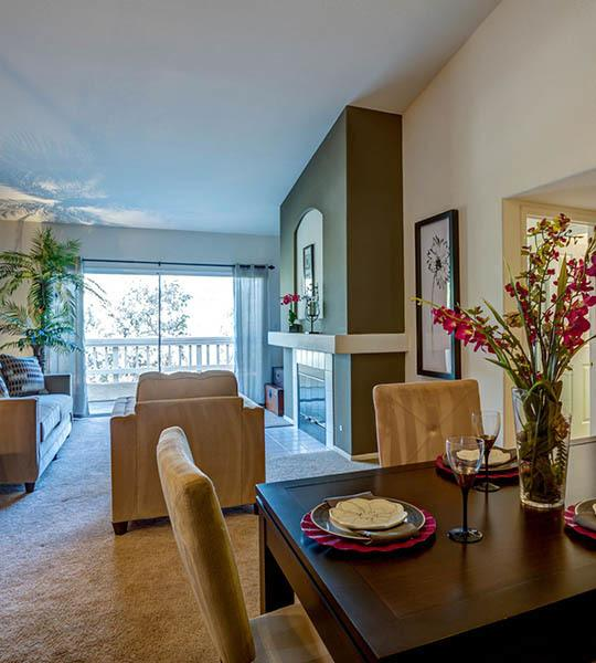 2 & 3 Bedroom Apartments For Rent In San Diego, CA