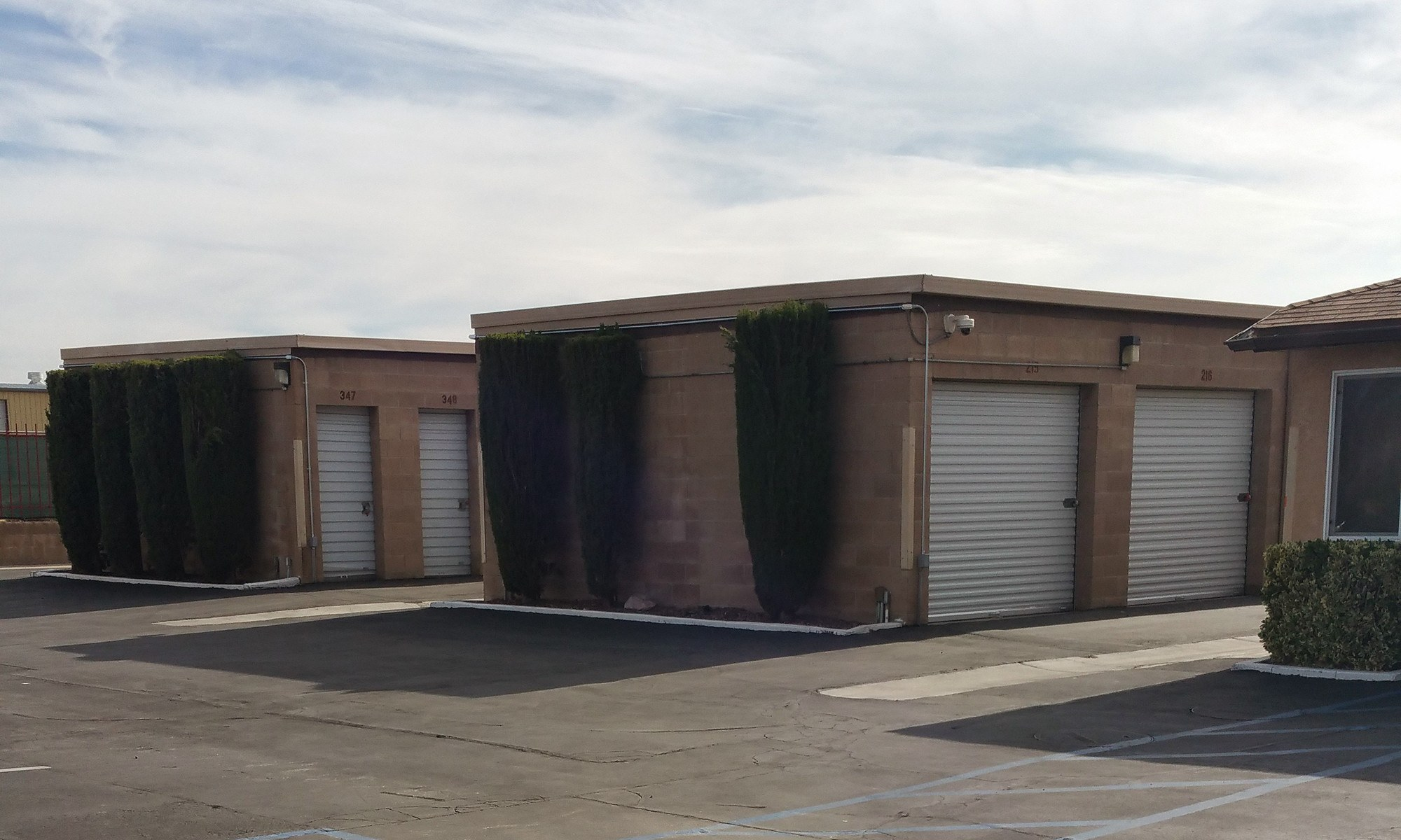 Self storage in Hesperia CA