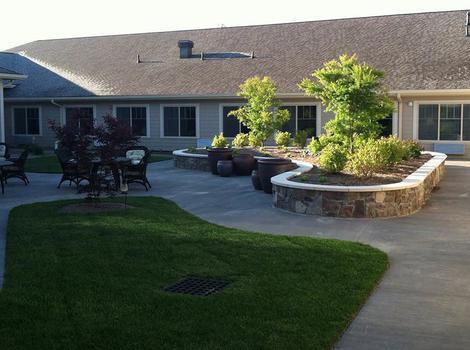 Outdoor Lounge in Bloomington