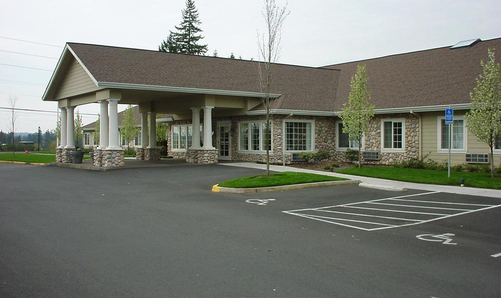 Parking at Cedar Crest Alzheimer's Special Care Center  in Tualatin