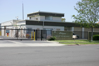Exterior of our self storage facility in Camarillo