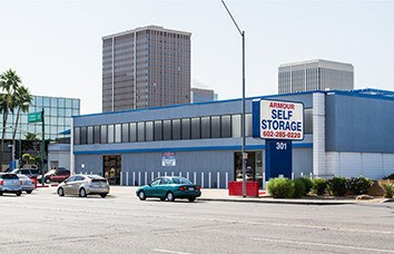 Photo links to our Armour Phoenix 301 Armour Self Storage location.