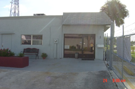 Main office at our storage center in Port St Lucie