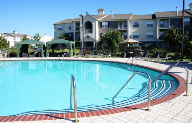 Beautiful pool at Stoneridge Farms at Hillwood in Murfreesboro, TN