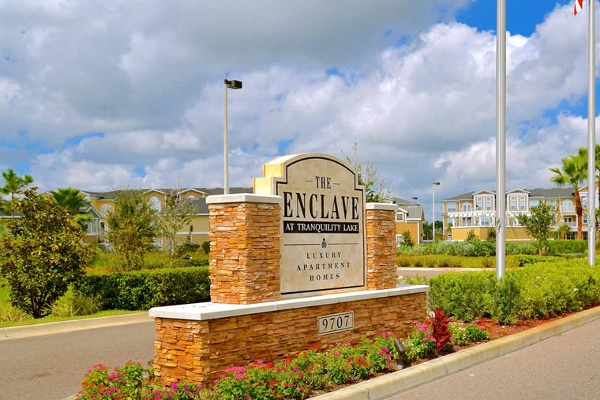 Beautiful entrance at The Enclave at Tranquility Lake in Riverview, FL