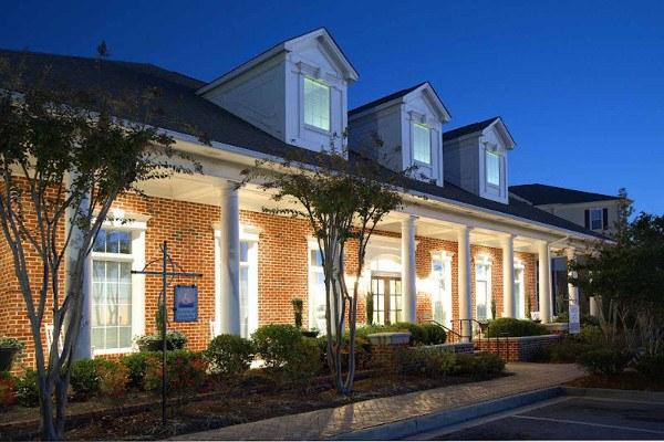 Beautiful apartment homes for rent at The Landings at Princeton Lakes in Atlanta, GA