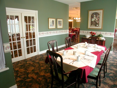 Dining area at Carleton Place Terrace by Symphony Senior Living