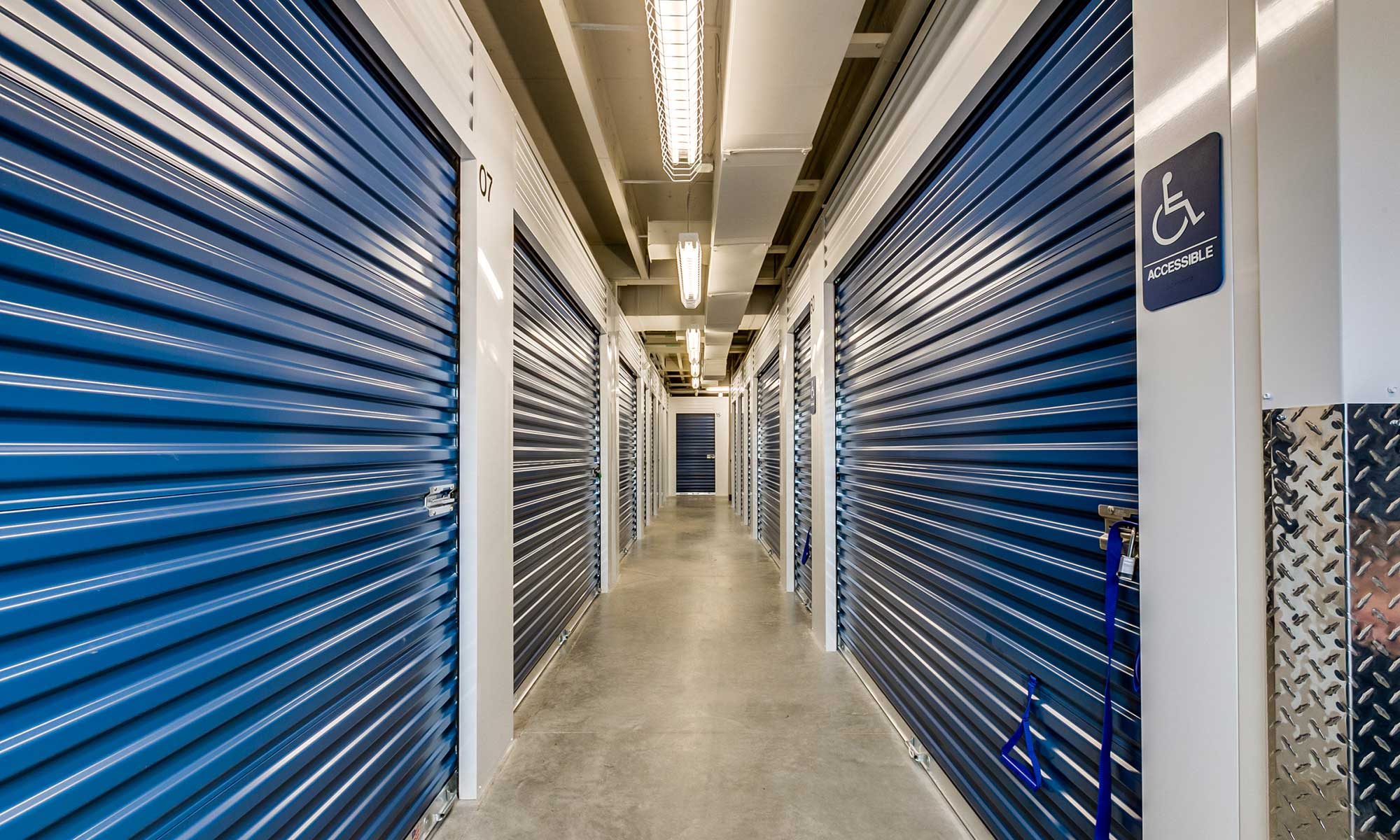 Self storage in Mead WA