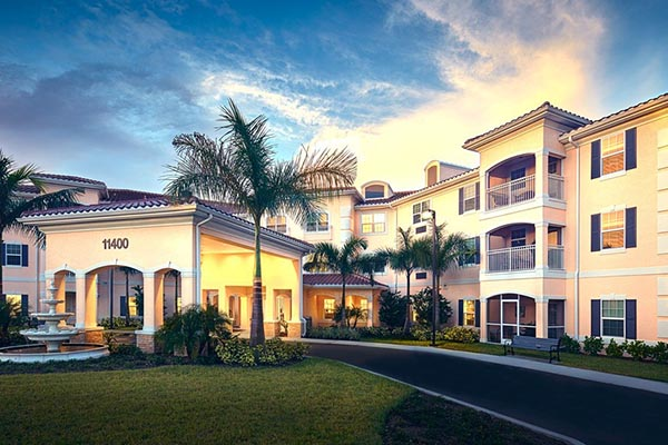 Exterior of American House Bonita Springs Senior Living in Bonita Springs
