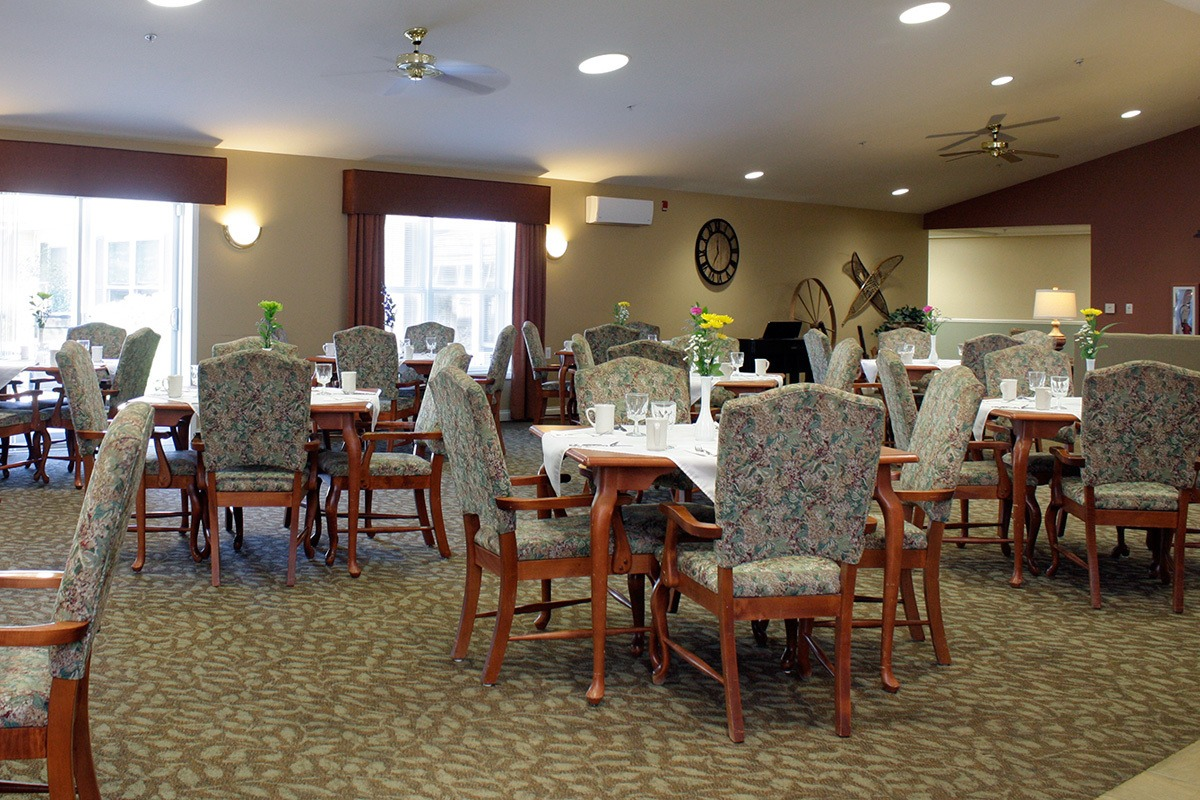 facility amenities and features tupelo ms generations senior