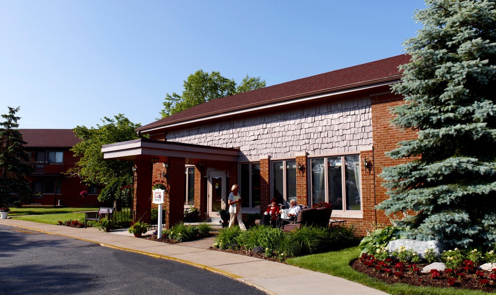 Exterior Of Senior Living In Roseville MI