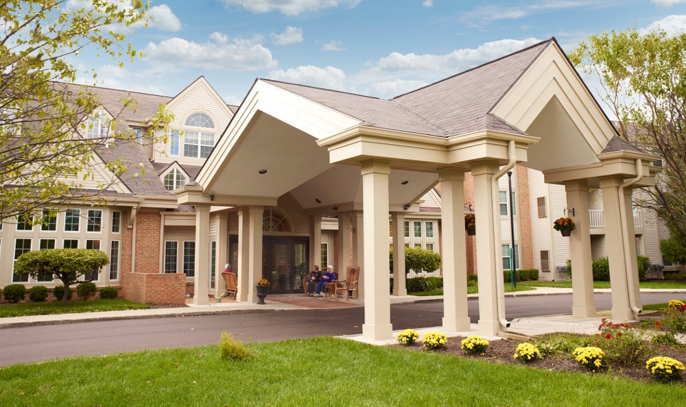 Exterior Of Senior Living In Pontiac, MI