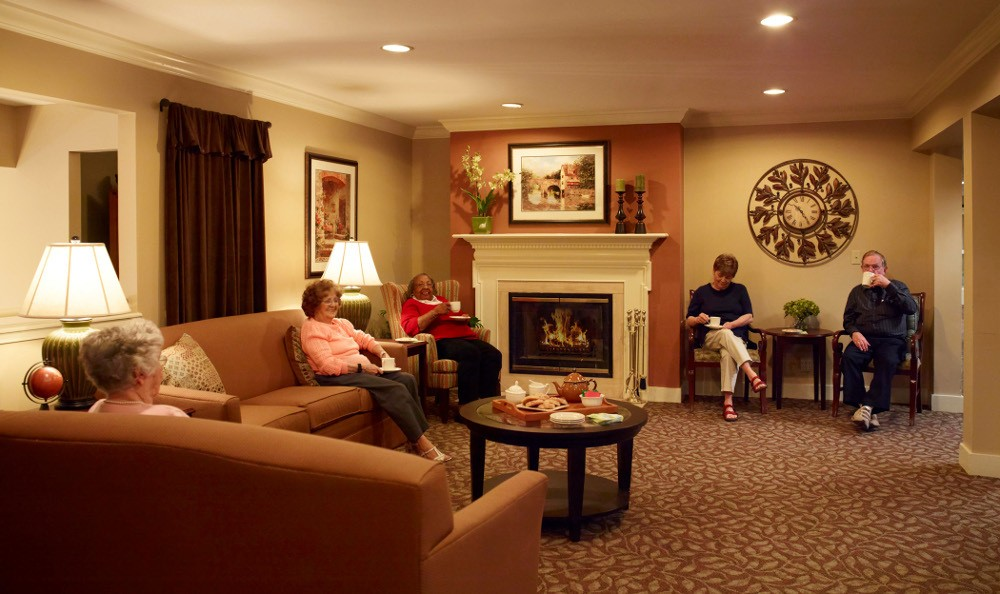 Friends Enjoying Each Other's Company At Senior Living in Pontiac, MI