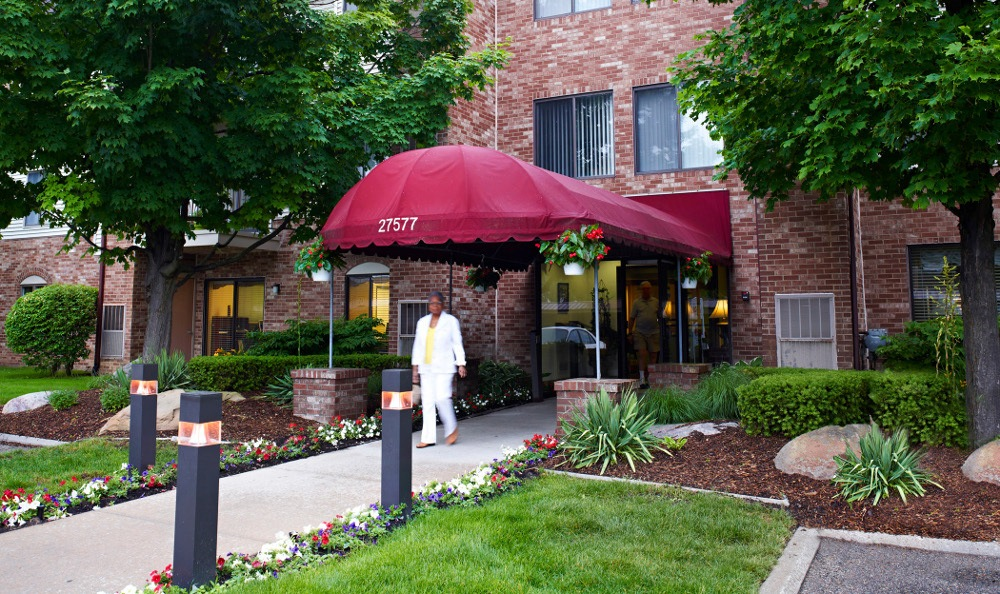 Exterior Of Senior Living In Southfield, MI