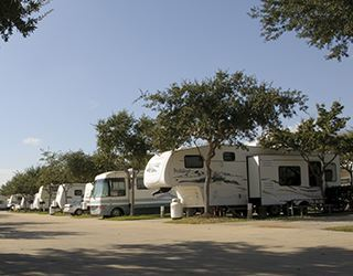 Exterior Units at the Rv Resort in Houston