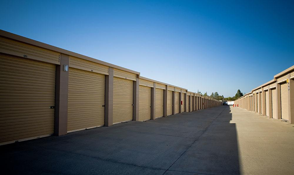 Self storage units in Auburn