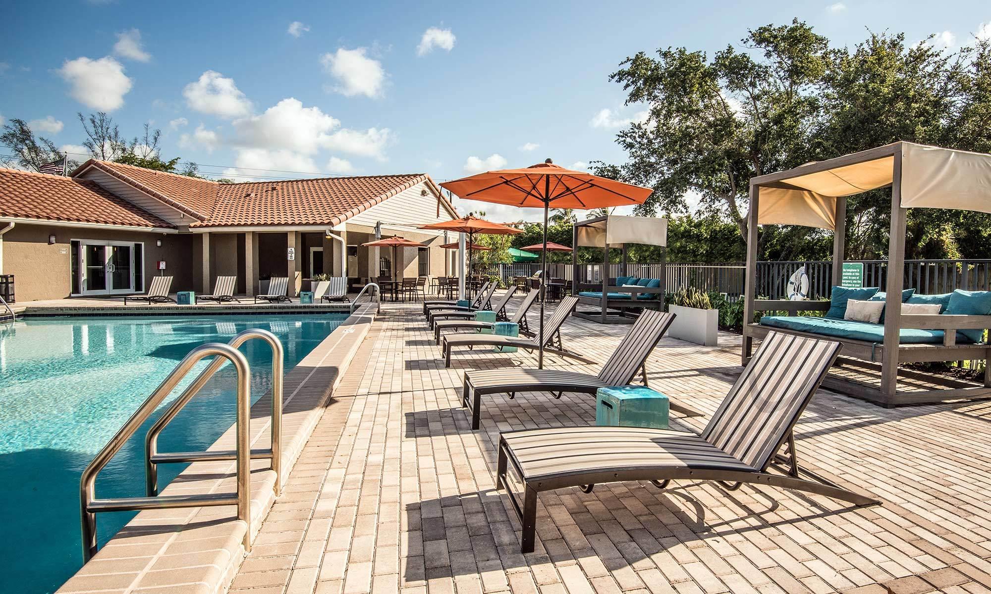 Apartments in Deerfield Beach, FL