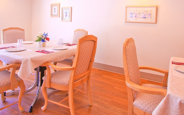 Learn more about dining options at Regency Everett Rehabilitation and Nursing Center in Everett, WA.