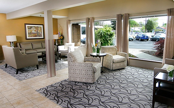 We have plenty of warm and cozy common areas at Good Samaritan Health Care Center in Yakima, WA.