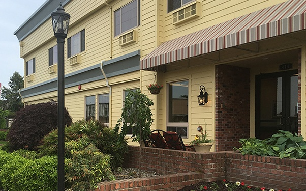 Learn more about the many senior living services we offer at Regency Auburn in Auburn, WA.