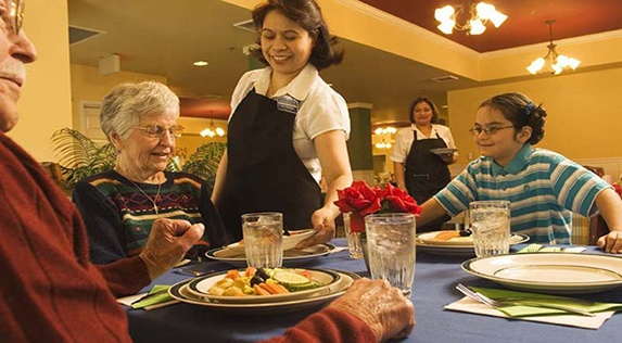 Seniors living life to the fullest at Regency Newcastle in Newcastle, WA