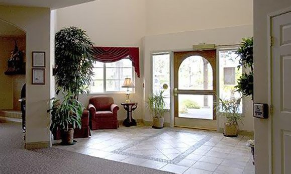 Curious about senior living in Fallbrook, California? Schedule a tour of our community today.