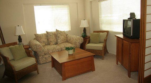 Cozy living room at senior living in Kailua-Kona, Hawaii