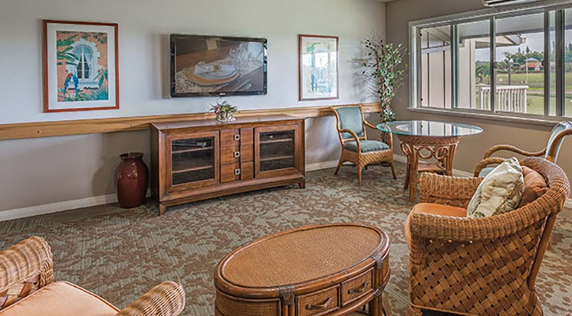 The common areas at Regency at Puakea are comfortable and have plenty of places to sit.