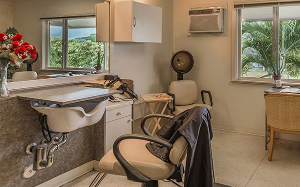 Salon at our senior living community in Lihue, Hawaii.