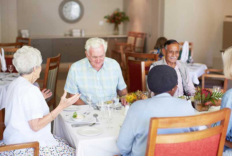 Learn more about dining options at Regency Canyon Lakes Rehabilitation & Nursing Center in Kennewick, WA.