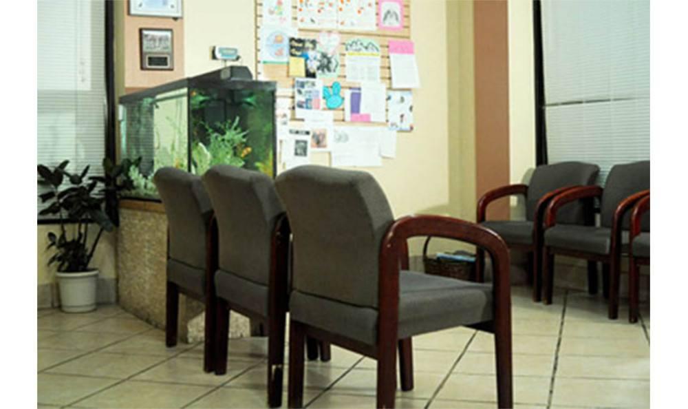 ABQ Petcare Hospital waiting area