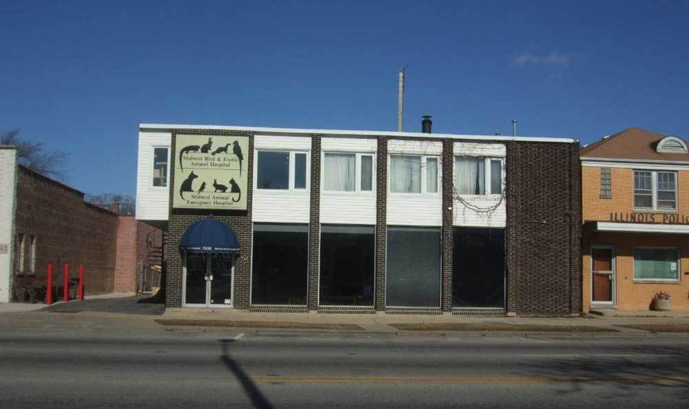 Midwest Bird & Exotic Animal Hospital is located in Elmwood Park, IL.