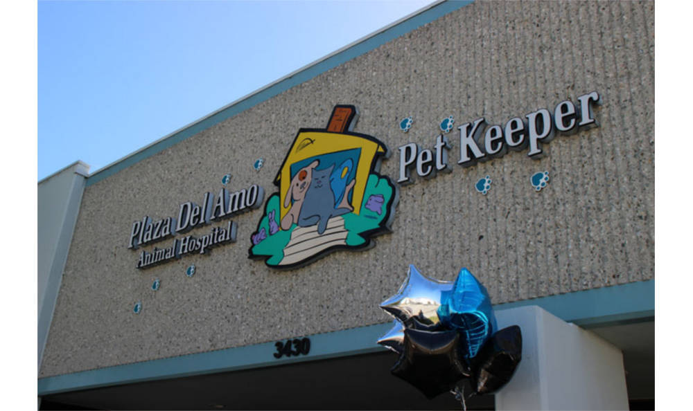 Welcome to Plaza Del Amo Animal Hospital & Pet Keeper