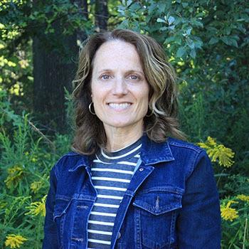 Alexandra Adamcak, Managing DVM in East Amherst