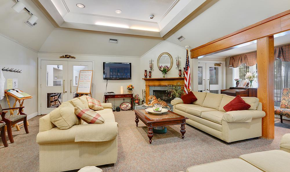 Spacious Living Room at the Senior Living community in Baton Rouge