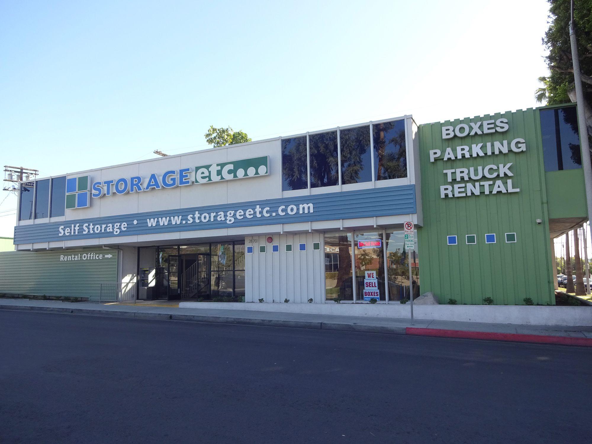 Self Storage Rental Office at Storage Etc... Los Feliz