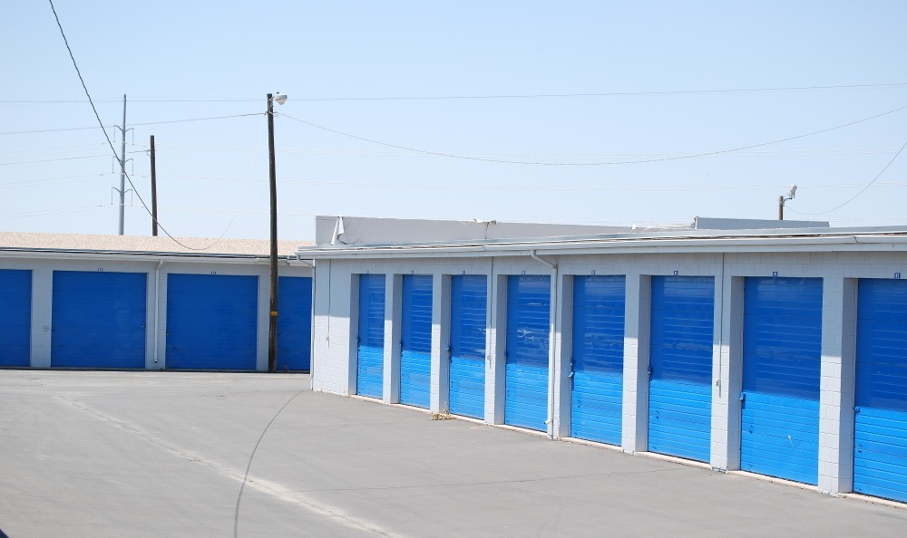 Drive Up Units At North Salt Lake Storage