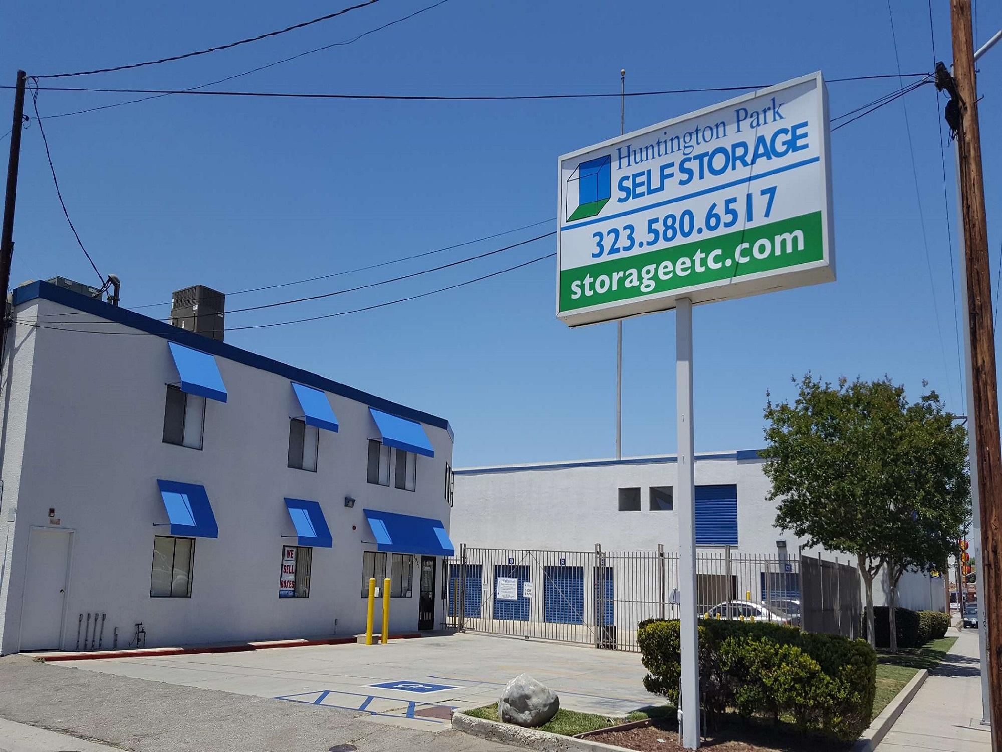 Main office at Huntington Park Self Storage