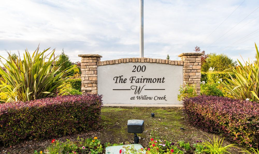 Photos of the fairmont at willow creek in folsom ca for Lodge at willow creek