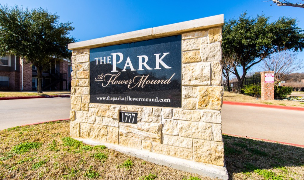 Welcome to The Park at Flower Mound in Flower Mound
