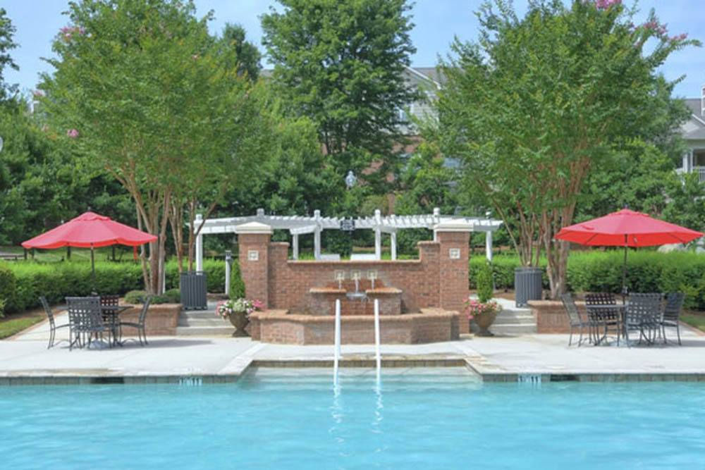 Swimming pool at The Preserve at Ballantyne Commons