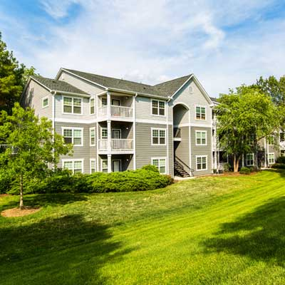 Enjoy life at Marquis on Cary Parkway.