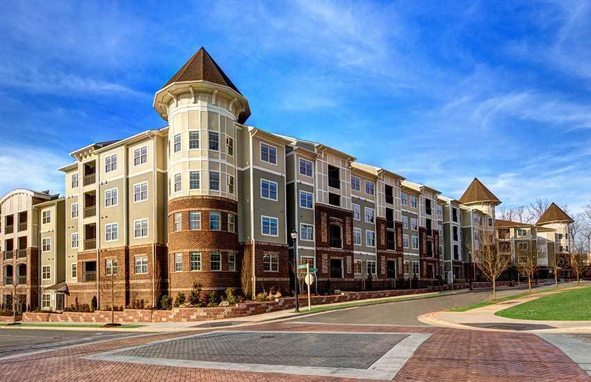 Exterior of the building at The Marq at Weston in Morrisville, NC