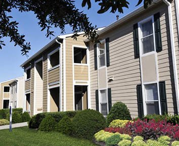The Grove at Spring Valley in Columbia South Carolina offers beautiful apartment homes